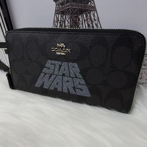 NWT Coach Star Wars Signature Accordion Zip Wallet